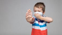 عکس کودک ماسک زده