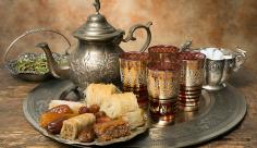 عکس چای و شیرینی
