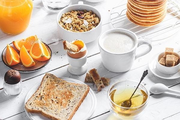 عکس تبلیغاتی غذا صبحانه کامل