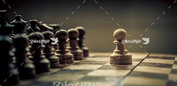 عکس شطرنج چوبی