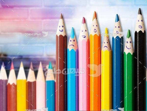 عکس تبلیغاتی انواع مداد رنگی