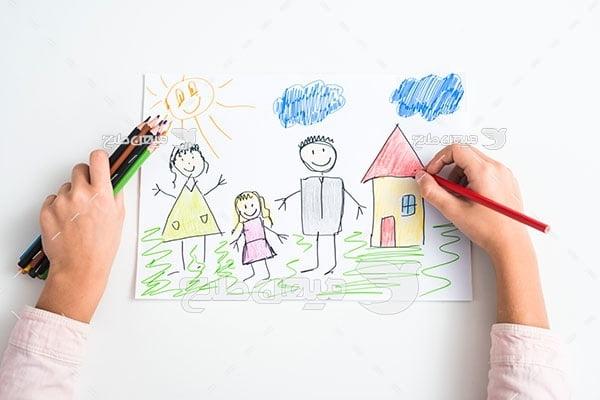 عکس تبلیغاتینقاشي با مداد رنگی