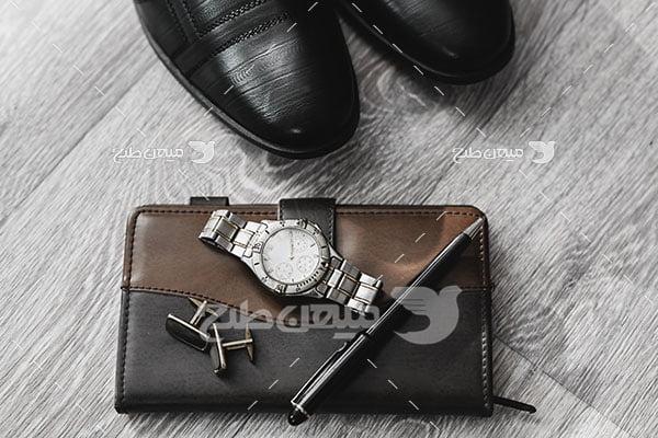 عکس تبلیغاتی مد کفش مردانه مشکی