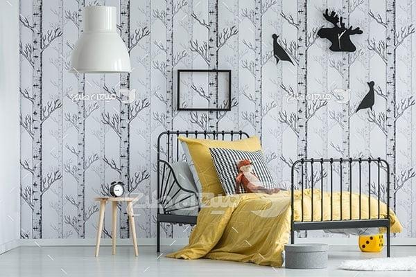 عکس نمای اتاق خواب با تخت فرفورژه