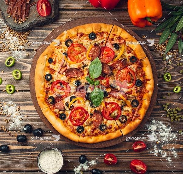 عکس تبلیغاتی پیتزا