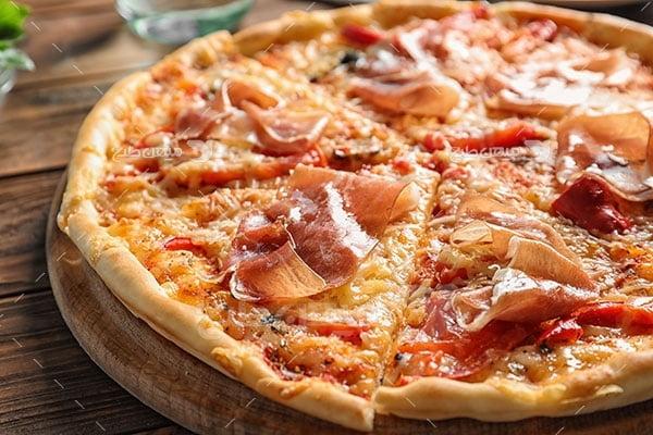 عکس تبلیغاتی غذا پیتزا بیف