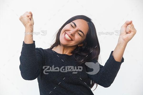 عکس زن خوشحال