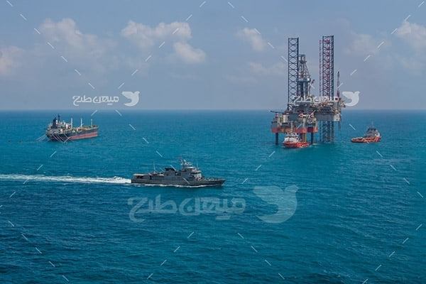 عکس  دکل استخراج نفت از دریا