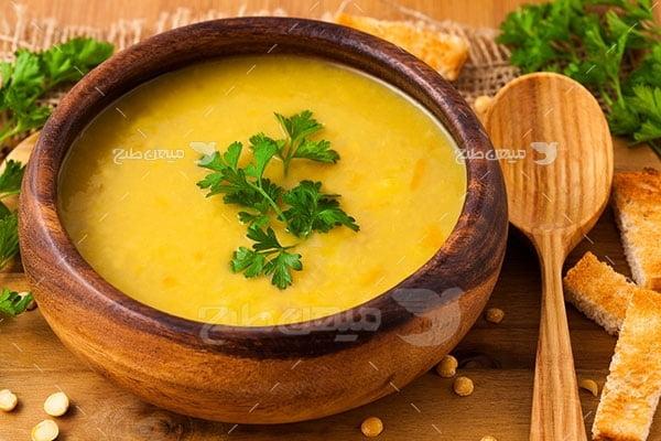 عکس تبلیغاتی غذا سوپ زرد