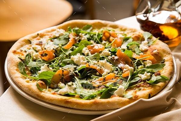 عکس تبلیغاتی غذا و پیتزا سبزیجات