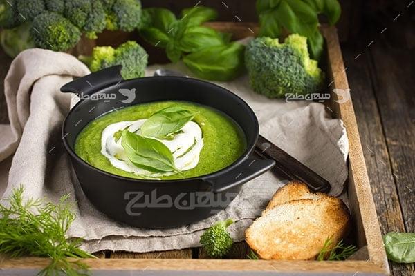 عکس تبلیغاتی غذا سوپ سبزیجات و خامه