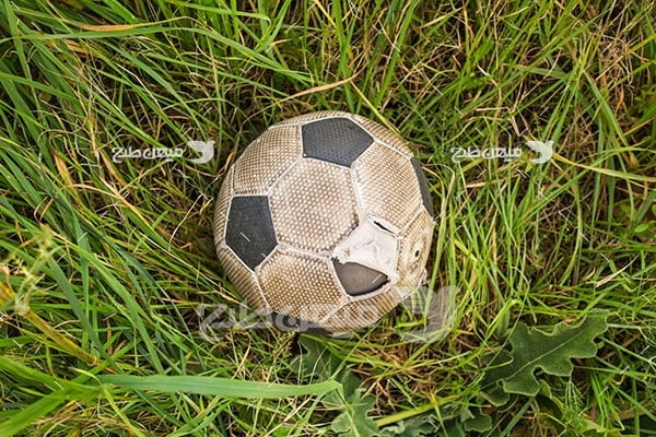 عکس توپ قدیمی فوتبال