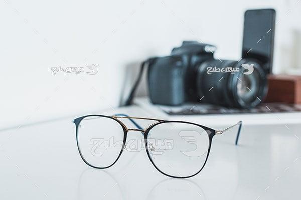 عکس عینک طبی فرم ساده