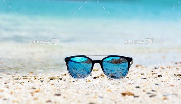 عکس عینک آفتابی شیشه آبی