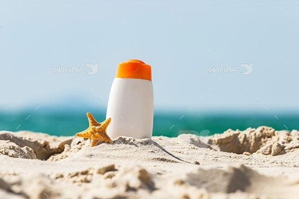 عکس تبلیغاتی مسافرت کنار ساحلو فلاسک چای
