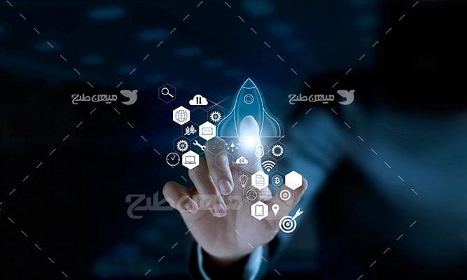 عکس تبلیغاتی کارآفرینی و انتخاب منابع