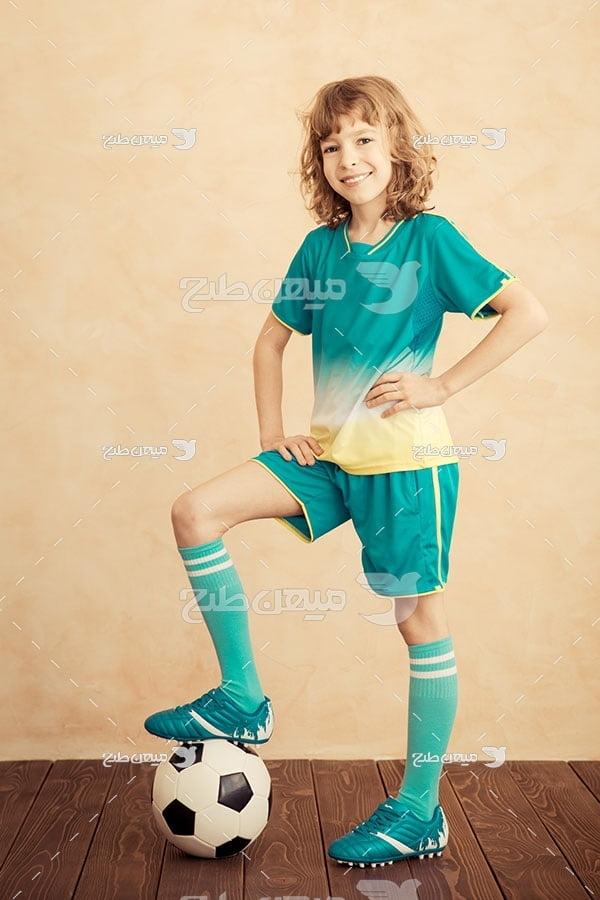 عکس فوتبالیست نوجوان