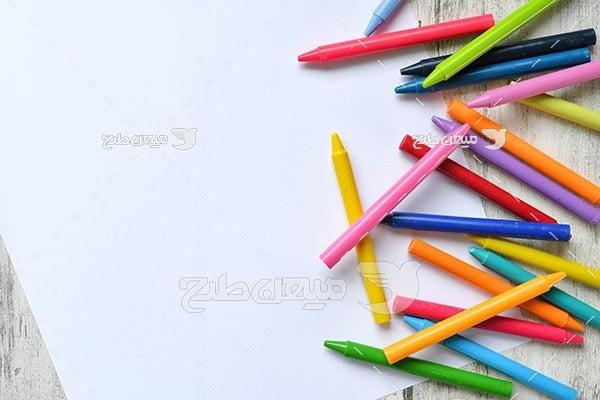 عکس مداد شمعی و کاغذ