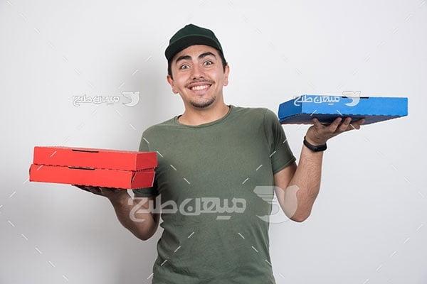 عکس مرد جوان خوشحال