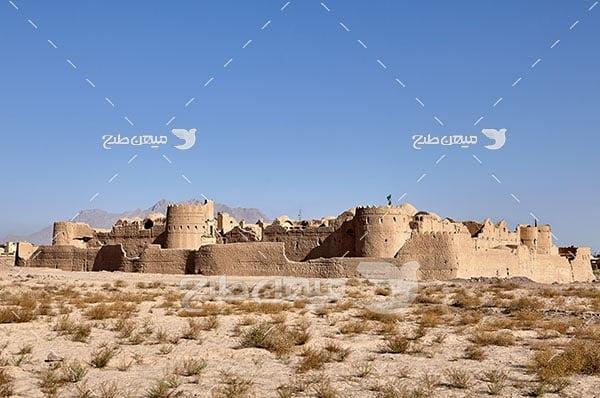 عکس قلعه خاک رس کویر یزد
