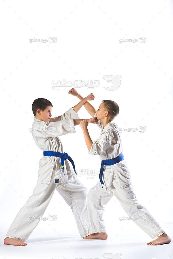عکس مبارزه کاراته کاران