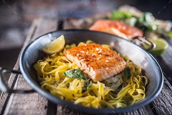 عکس تبلیغاتی غذا اسپاگتی ماهی