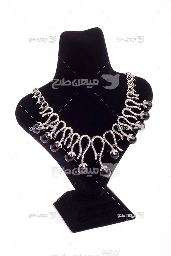 عکس گردنبند الماس کاری شده