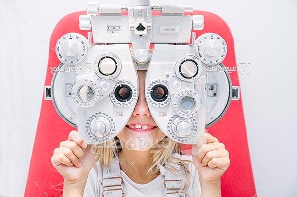 عکس دستگاه تشخیص نمره چشم
