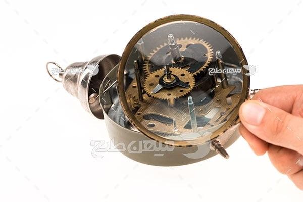 عکس تعمیرات ساعت رومیزی