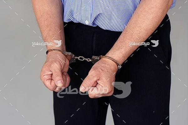 عکس دستگیری مجرم