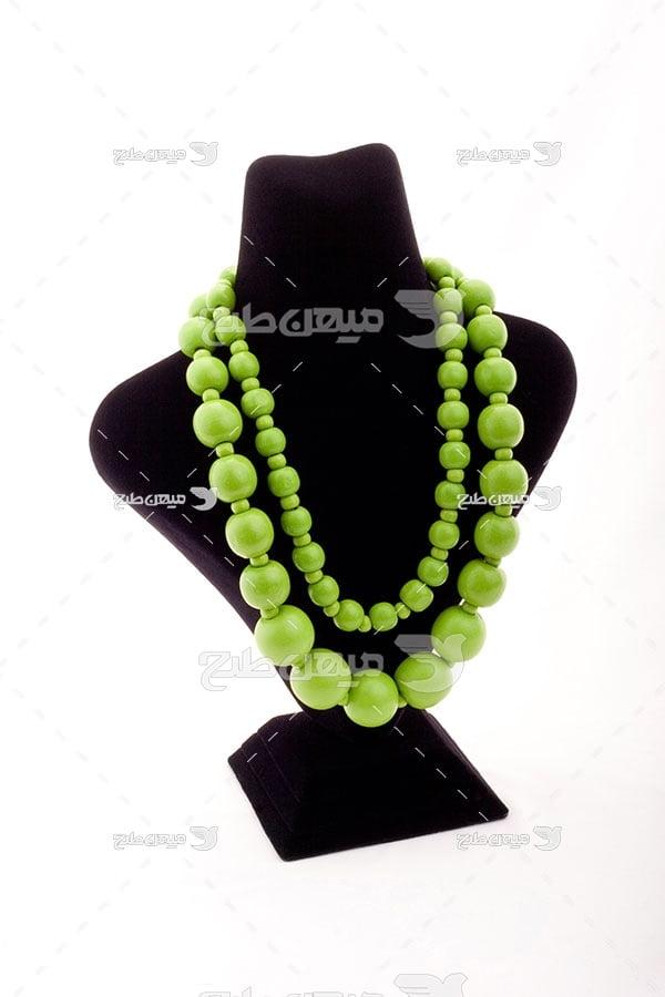 عکس گردنبند مروارید سبز