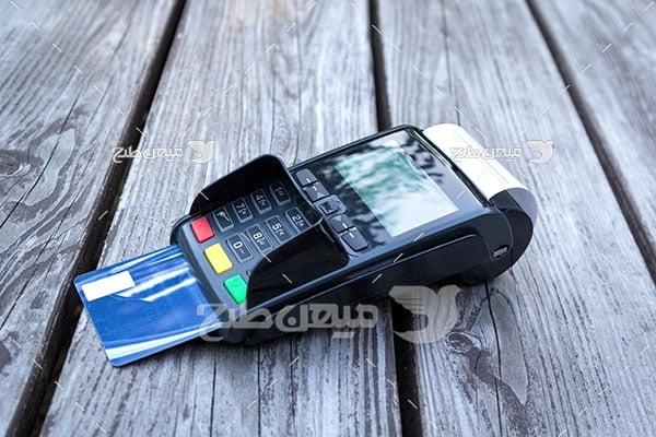 عکس پرداخت با دستگاه پوز
