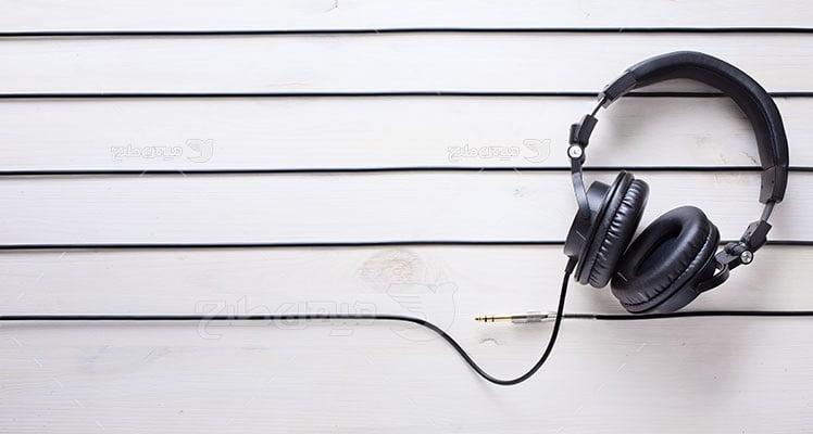 عکس تبلیغاتی هدست موسیقی