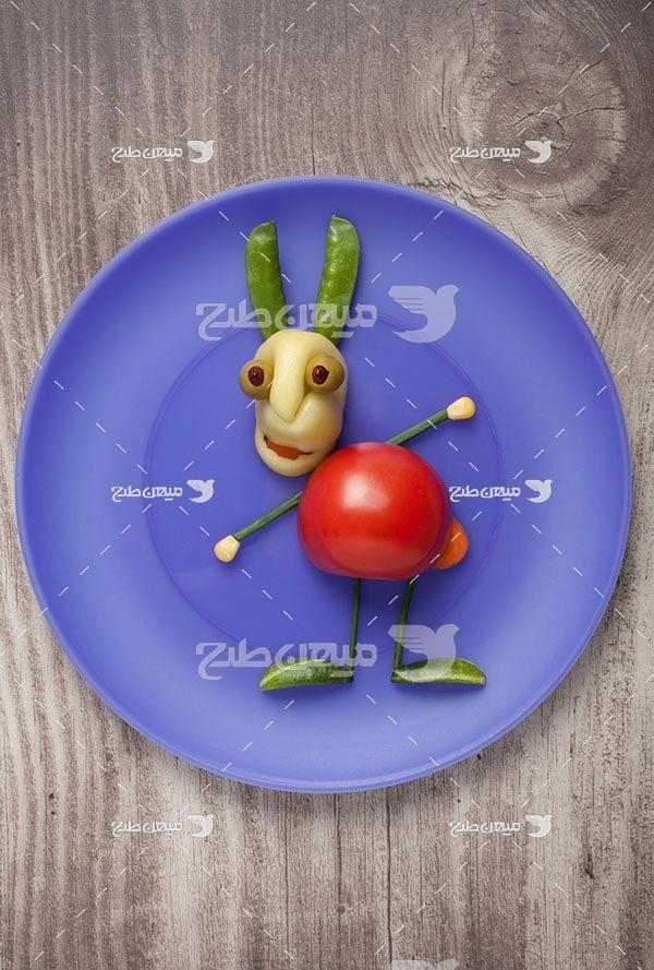 عکس تزیین بشقاب با خوراکی