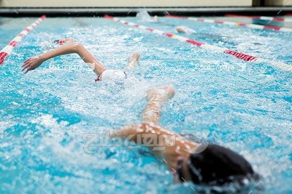 تصویر ورزشی شنا کردن
