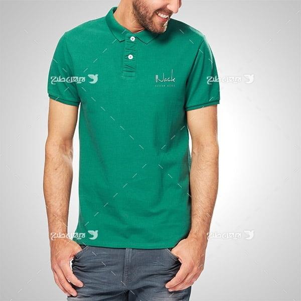 طرح موکاپ لوگو روی تی شرت مردانه