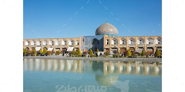 مسجد شیخ لطف الله در میدان نقش جهان اصفهان