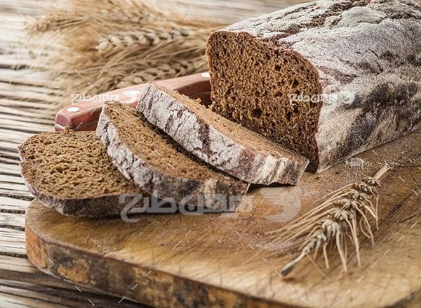 تصویر نان و گندم و نان تست