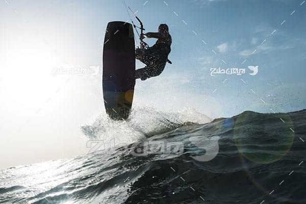 تصویر موج سواری