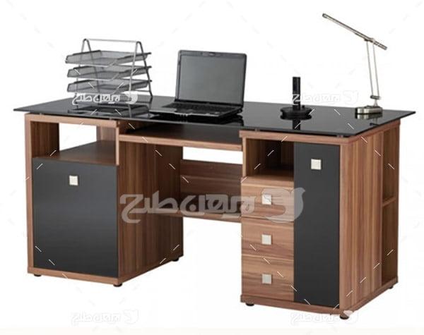 عکس میز کار