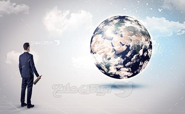 عکس با کیفیت از کره زمین . انسان