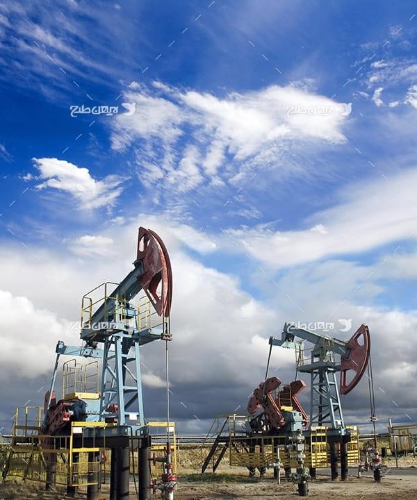 تصویر صنعتی از دستگاه برداشت نفت