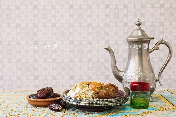 تصویر خرما و چای، غذا