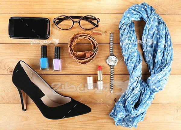 عکس لوازم آرایش و عینک و ساعت و گوشی