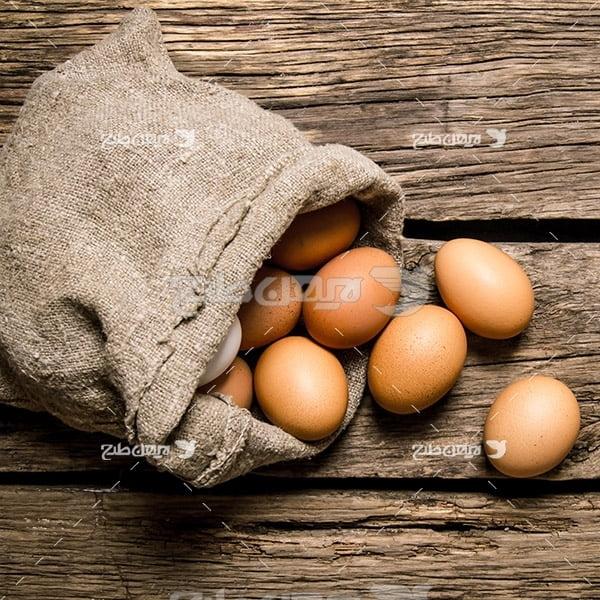 بک گراند تخم مرغ و گونی
