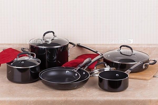 تصویر ظرف آشپزخانه ، ماهیتابه