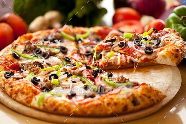 تصویر با کیفیت از پیتزا