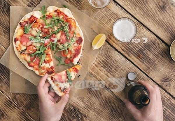 تصویر با کیفیت از پیتزا سبزیجات