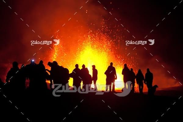 تصویر مواد مذاب کوه آتشفشان