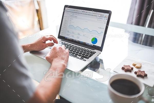 محاسبه آمار و لپ تاپ